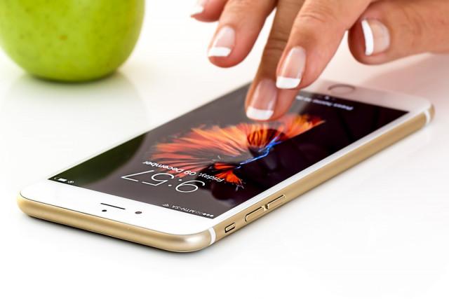 V září vyjde nový iOS, ale jen pro iPhone a iPod